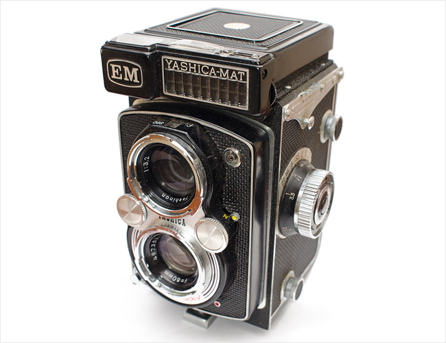 Yashica-Mat-LM-Gear-Patrol-Final