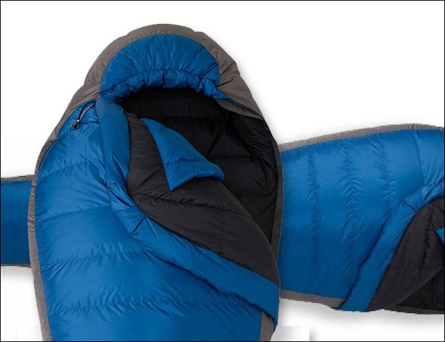 rei-igneo-sleeping-bag-gear-patrol