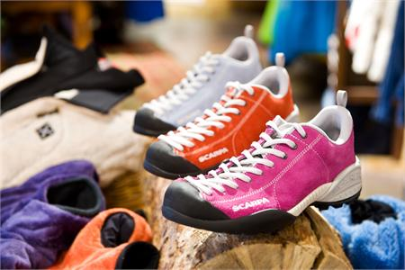 爱徒步,善逛街——SCARPA Mojito徒步鞋/顽固顽家